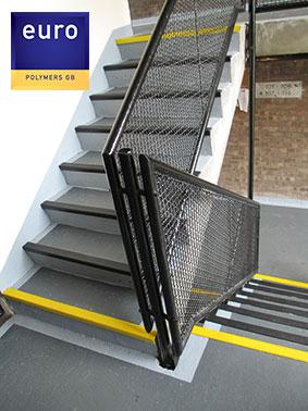 balconycote-2logo
